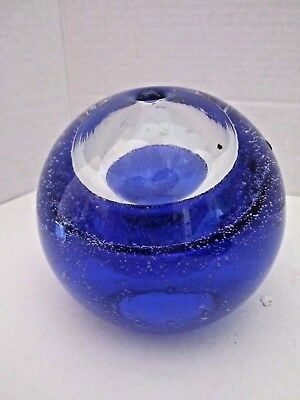 "Vtg Hand Blown Glass Round Controlled Bubbles Ink Well Paperweight Vase. 5"" Blue"