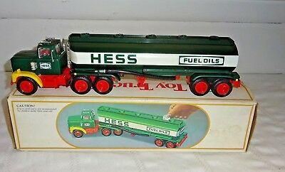 1984 Hess Toy Truck Bank  w/ Original Box  Working!