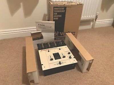 LIMITED EDITION WHITE - Vestax PMC-05 Pro II 2 Channel DJ Mixer (Boxed)