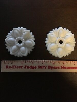 Set Antique Sandwich VICTORIAN MILK GLASS CURTAIN BUTTONs Or Tie Backs