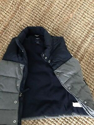 Never Worn Gap Kids Boy Navy blue and Grey  Puffer Vest Zip Up Warm Size 6-7
