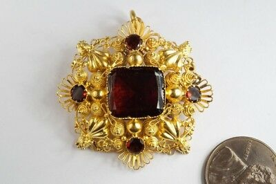 ANTIQUE GEORGIAN ENGLISH 15K GOLD GARNET CANNETILLE & REPOUSSÉ BROOCH c1820