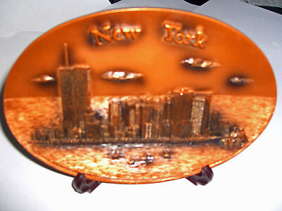 Pre 9/11/01 NY Skyline Souvenir Plate  with Twin Towers of World Trade Center