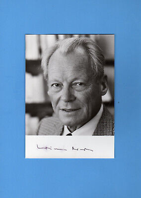 Willy Brandt (Chancellor Germany /  Nobel Peace Prize) Signed Photograph