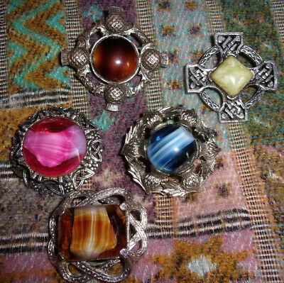JOBLOT SCOTTISH CELTIC PEWTER BROOCHES & SCARF RING Thistles Stones
