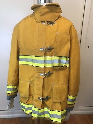 Globe Firefighter Turnout Coat Size Chest 52 Length 35