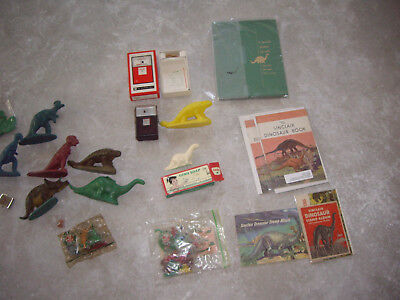 Vintage Sinclair Oil Dino Dinosaur Plastic Coin Bank Books Tie Pin Soap Toys