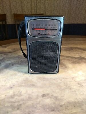 Panasonic AM/FM Transistor Radio Model RF504. Tested works well. Good condition.
