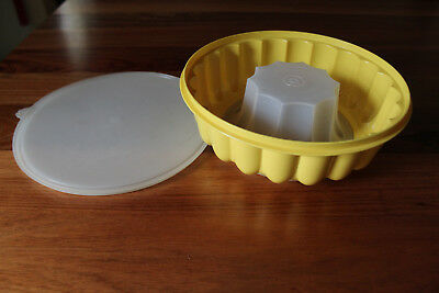 RetroTupperware Jelly Mould  Yellow base, clear lid . Three piece.