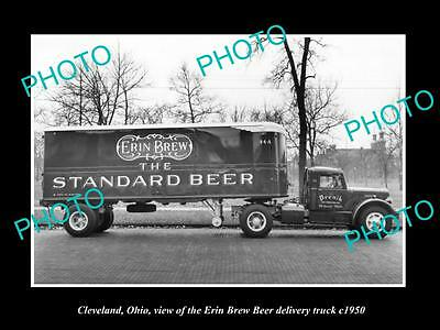 OLD LARGE HISTORIC PHOTO OF CLEVELAND OHIO, THE ERIN BREW BEER TRUCK c1950
