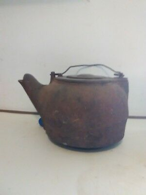 Antique Cast Iron #7 Tea/Water Kettle With Gate Mark