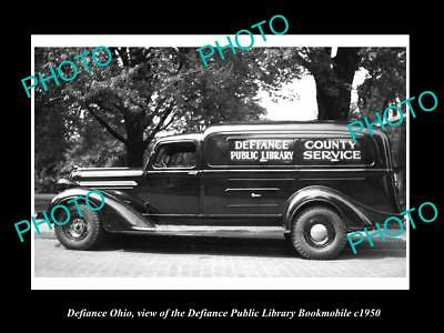 OLD LARGE HISTORIC PHOTO OF DEFIANCE OHIO, THE DEFIANCE LIBRARY BOOKMOBILE c1950