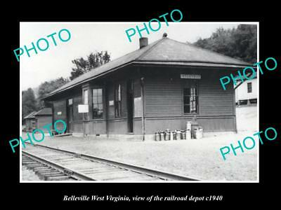 OLD LARGE HISTORIC PHOTO OF BELLEVILLE WEST VIRGINIA, THE RAILROAD STATION c1940