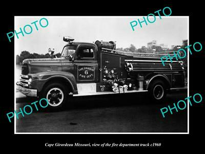 OLD LARGE HISTORIC PHOTO OF CAPE GIRARDEAU MISSOURI, FIRE DEPARTMENT TRUCK c1960
