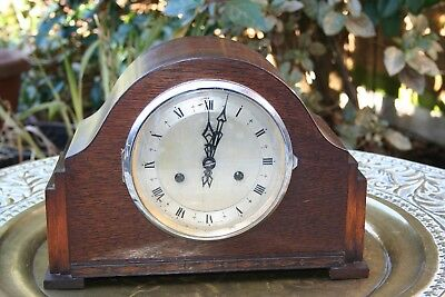 Vintage 1940s SMITHS ENFIELD Chiming Mantle Clock - Good condition see video!