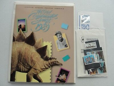 Sealed 1989 Commemorative USPS Yearbook Souvenir Mint Stamp Set w Stamps