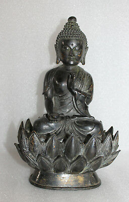 A Superb Vintage Chinese Bronze Buddha on Lotus Statue with Lotus Back cover