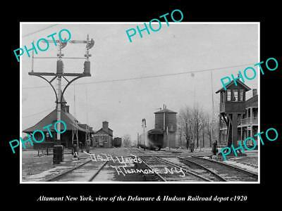 OLD LARGE HISTORIC PHOTO OF ALTAMONT NEW YORK, THE RAILROAD DEPOT STATION c1920