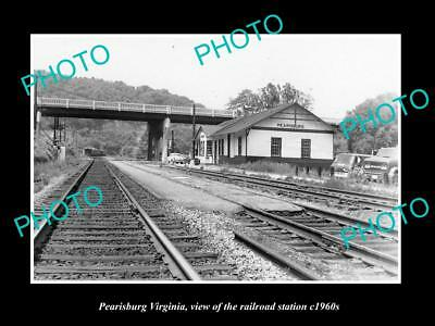 OLD LARGE HISTORIC PHOTO OF PEARISBURG VIRGINIA, THE RAILROAD STATION c1960 1