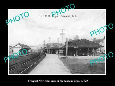 OLD LARGE HISTORIC PHOTO OF FREEPORT NEW YORK, THE RAILROAD DEPOT STATION c1920