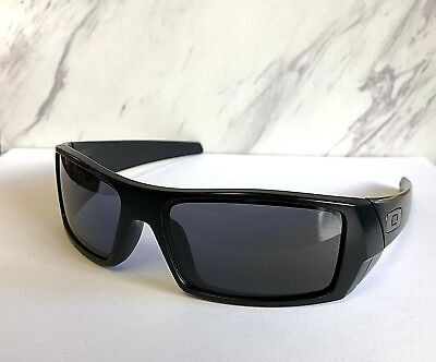 89a4ed67cee Nice Oakley Gascan Sunglasses Matte Black Frames   Authentic Grey Lens 03- 473