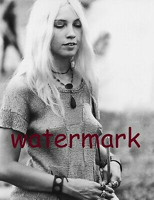 August 15Th 1969 Woodstock Blonde Woman Knit Sweater  Candid Publicity  Photo