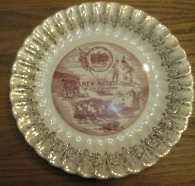 New Mexico Land Of Enchantment  Collector Plate Ribbed edge, gold trim VINTAGE