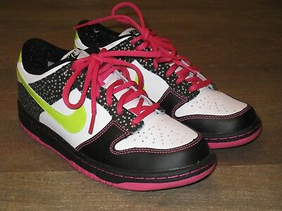 promo code 6ccf8 8976d EUC Nike Dunk Low GS Basketball Shoes. Multi color. Girls Youth 6.