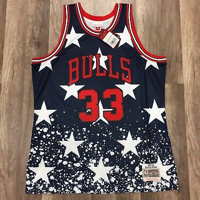 NWT MITCHELL   NESS CHICAGO BULLS SCOTTIE PIPPEN AUTHENTIC JERSEY 48 XL 4th  JULY dba0c97d90a