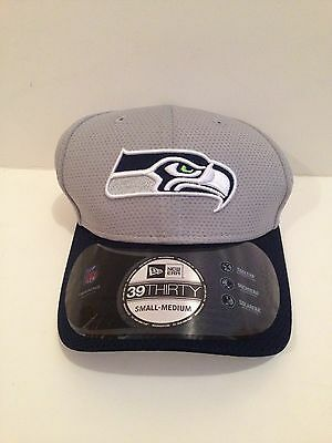 368f7bbf2d8 Seattle Seahawks New ERA 39Thirty 2015 Training camp Stretch fit hat S M  Gray