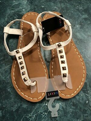 a438e522a NWT Mix It Mixit Flip Flops Thong White Sandals Women s Size 7 Stud Top  Shoes