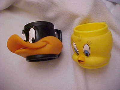 1992 Warner Bros.DAFFY DUCK and TWEETY BIRD Hard Plastic Head Mugs