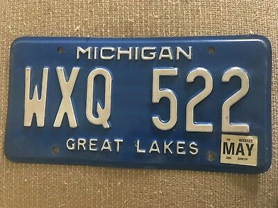 2005 MI Mich Michigan Blue License Plate - WXQ 522
