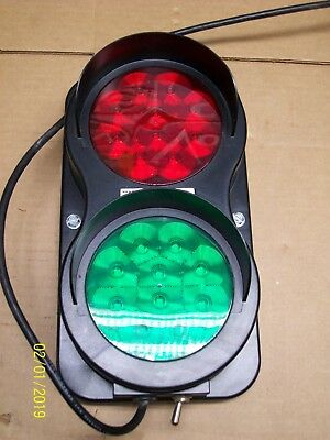 4Front Engineered Solutions 6008599 Dock Traffic Control Light 115Vac
