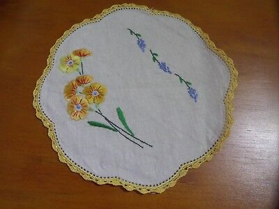 Vintage Embroideried Cotton Doily Small Round Yellow flowers