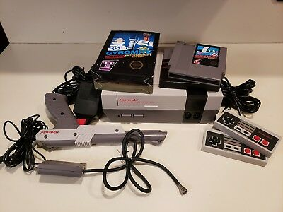 Nintendo NES Console Nes-001 Super Low Serial Number N0005017  MINTY FRESH! 1985