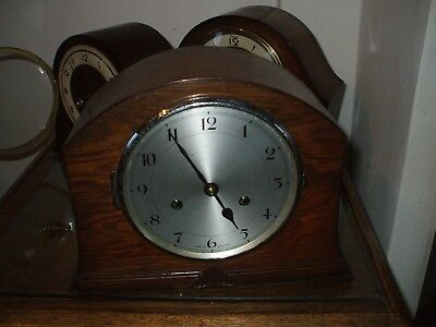 Vintage  Made In England Art Deco 8 Day Striking Mantle Clock V G Condition