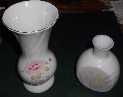 Vases 2 Porcelain Flowers On Front No Chips