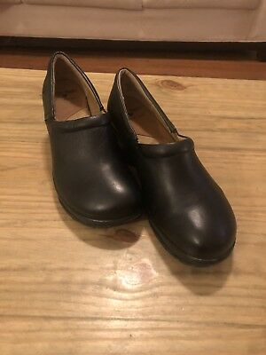 b10fae0e02ca5 NURSEMATES WOMEN'S SHOES - $30.00 | PicClick