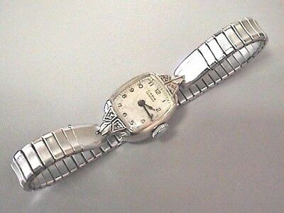 Vintage Ladies Cyma Tavannes 14K Solid With Gold Case Watch 4 Diamonds Working