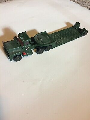 Vintage CORGI MAJOR TOYS - ARMY FLATBED LOWBOY TRAILER / MACK TRUCK