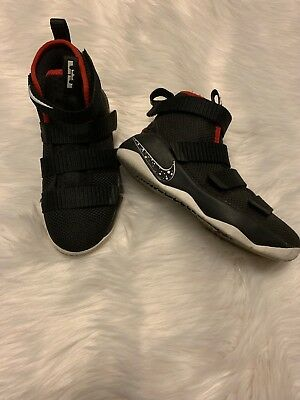 920242b9ee4 BOYS SIZE 12 Nike Lebron James Soldier Shoes Velcro Black Red ...