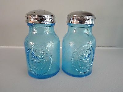 1978 MOSSER GLASS Blue Stippled Beaded OWL Salt & Pepper Shakers Hard to  Find