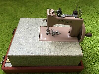 Singer sewhandy child's sewing machine