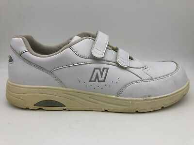mens new balance 811 shoes