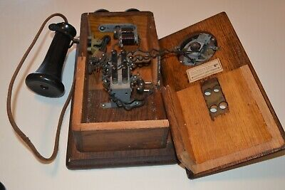 Rare Antique Telephone Conn. Telephone Co, Small Wall Mount Oak Telephone No Res