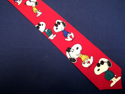 Vêtements, accessoires Cravates/noeuds pap/foulards Homme Snoopy Peanuts par United Feature Syndicate Rouge Cravate en Soie A25683