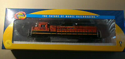 LOT OF 7 HO Scale BN/SF/BNSF Freight Car Kits - New in Box