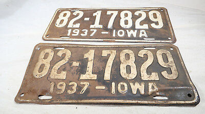1937 Matching Iowa License Plates