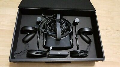 Oculus Rift Touch Virtual Reality System with Controllers